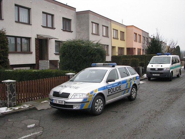 Noční vloupání v Jarní ulici vyšetřuje policie.