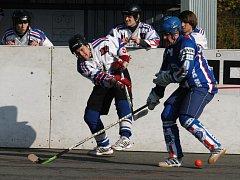 Hokejbalisté Karviné se sžívají s extraligovou kvalitou.