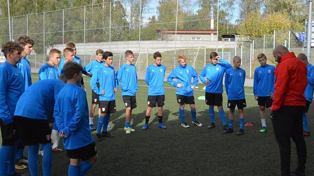 Fotbalová akademie pro Moravskoslezský kraj zůstane v Karviné, ale rozšíří se i do Ostravy.