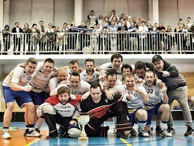 Hráči Slovanu slaví vítězství ve druhé lize. Mají tak právo postupu do celorepublikové první ligy.