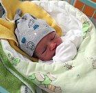 Adámek Sznapka je prvním letošním dítětem narozeným v karvinské porodnici.  Na svět přišel 1. ledna odpoledne a měřil 48 cm a vážil 2840 g.