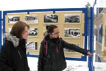 Výstava fotografií staré, dnes již neexistující Orlové.