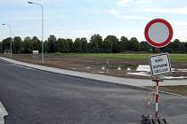 Průmyslová zóna Nové Pole v Karviné se rozšířila o dalších devět hektarů. Kompletně dokončena bude koncem září.