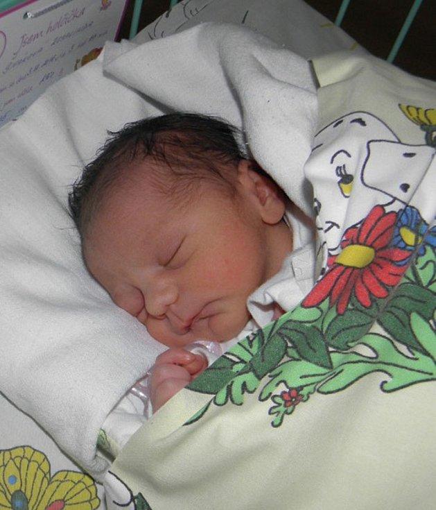 Rosalinda se narodila 3. prosince paní Barboře Šivákové z Karviné. Porodní váha miminka byla 2160 g a míra 45 cm.