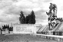 Památník v původní podobě.