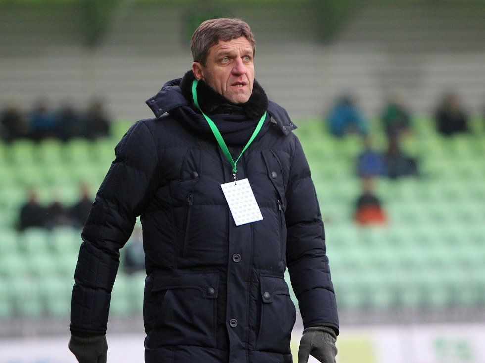Josef Mucha už není trenérem Karviné.