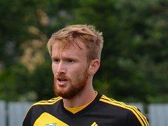 Jiří Piroch stráví další ligovou sezonu v Karviné.
