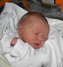 Mamince Jolaně Szentivanyiové z Karviné se 27. listopadu narodil syn Mireček Kupsa. Po narození chlapeček vážil 3780 g a měřil 51 cm.