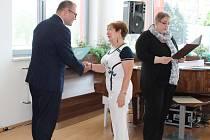 Čestné uznání primátora města Karviné či Pamětní list Rady města získalo celkem sedm osobností a jeden divadelní soubor.