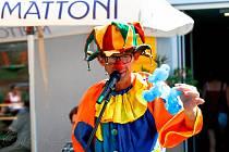 David Zbavitel. Rocker, moderátor, ale také klaun Chytrolín, principál souboru Klauni z Balónkova.