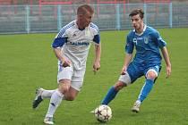 Petrovičtí fotbalisté se radovali z výhry, ne z výkonu.