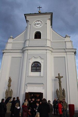 Šikmý kostel sv. Petra zAlkantary