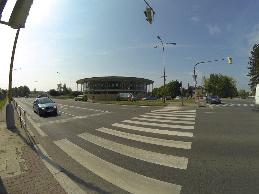 Rekonstrukce autobusového nádraží.  Starou rotundu nahradí nová.