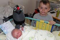 Tomášek Madzia se narodil 9. dubna paní Janě Frolešové z Karviné. Po porodu chlapeček vážil 3090 g a měřil 50 cm.
