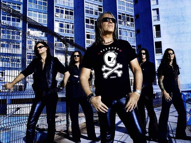 Heavymetalová legenda Helloween v čele s Andi Derisem vystoupí první zářijový víkend na Městských slavnostech v Havířově.