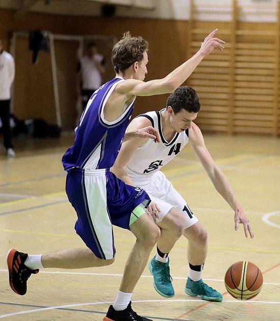 Basketbalisté pokračují vpřípravě na novou sezonu.