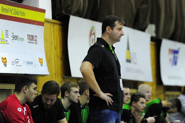 Trenér Marek Michalisko může být sherním růstem mužstva spokojen.