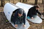 Také v Havířově mají někteří lidé bez domova k dispozici skládací přístřešky zvané Iglou.