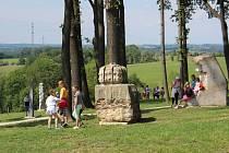 V Těrlicku-Hradišti otevřeli nový sochařský park.