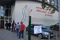 Karviná, volební místnosti ZŠ Cihelní, volby 2020.
