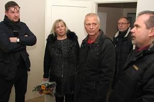 Primátorka Havířova Jana Feberová navštívila byty, kde žijí cizinci po získání azylu v ČR.