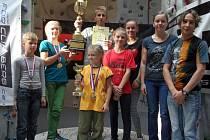 Osm mladých závodníků, členů HO TJ Baník Karviná a HK Gymnázia Orlová si přivezlo celkem deset medailí (5 zlatých, 4 stříbrné, 1 bronzová) za jednotlivé disciplíny.
