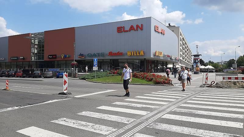 Havířov, centrum. OC ELAN.