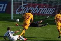 Karvinští fotbalisté si proti Liberci v sobotu nezahrají.