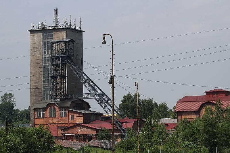 Orlová-Město. Pohled na těžní věž dolu Žofie.