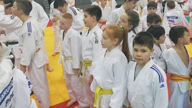 Mladí judisté Baníku na turnaji v Polsku.