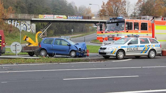 Nehoda dvou osobních automobilů na Ostravské ulici v Havířově.