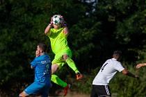 Petřvald (v modrém) si na úvod sezony připsal tři body. Proti Interu musel otáčet skóre.