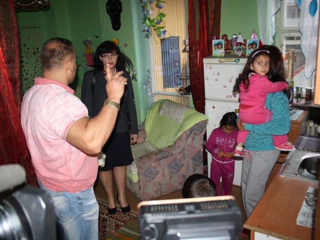 Ministryně práce a sociálních věcí Michaela Marksová při návštěva sociální ubytovny Předvoj v Karviné.