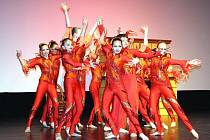 Taneční společnost Radost & Impuls z Bohumína oslavila o tomto víkendu své 31. narozeniny. U této příležitosti si soubory připravily strhující galashow, ve které se představilo na 150 tanečníků ve věku od 4 do 21 let.