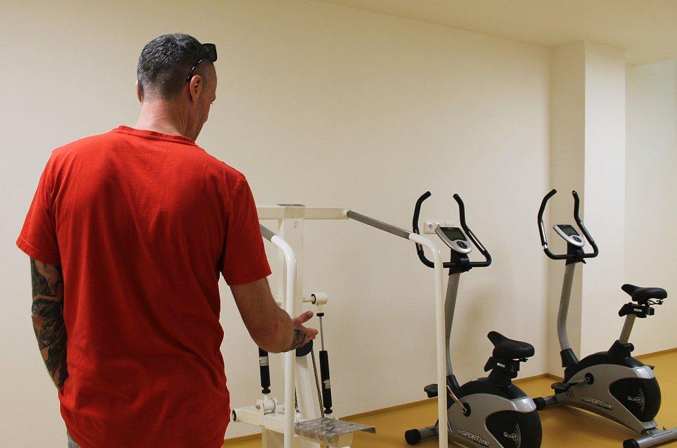 Ambulantní rehabilitace Nemocnice s poliklinikou Karviná-Ráj.