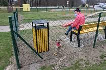 V Orlové na sídlišti Pátá etapa mají nové oplocené hřiště pro psy.