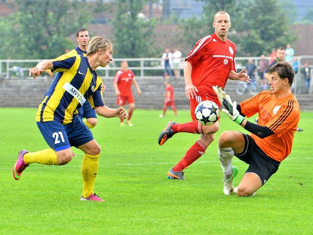 Třinecké fotbalisty posílil vletním přestupním období brankář Lukáš Brych (vpravo) zPlzně.