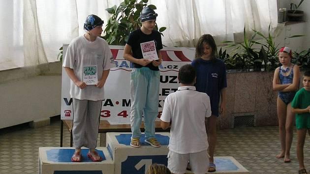 HANA OSIFOVÁ (uprostřed) získala dvě prvenství a tři druhá místa.