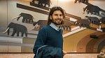 Štěpán Glombek, čtyřiadvacetiletý student, v těchto dnech pomáhá jako dobrovolník.