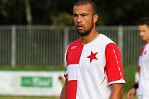 Orlovský Thiago Silveira se diví, ale v Hulíně zažil mimořádně nevydařený zápas. Navrch dostal červenou kartu.