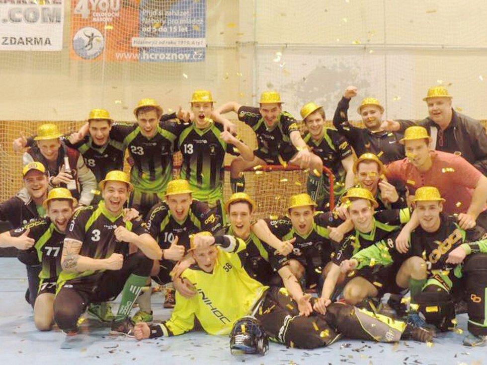Petrovice slaví. Vybojovaly první ligu, tedy republikovou soutěž.