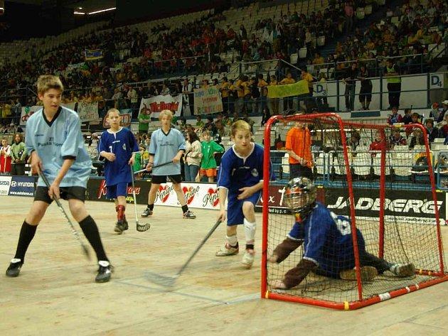 Florbalisté bojovali na nedávném ČEZ Street Hockey s vervou sobě vlastní.