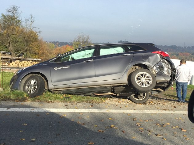 Nehoda na Frýdecké ulici vČeském Těšíně.