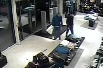 Dva zloději v akci.