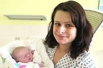 Michaela Fojtíková z Orlové se svou dcerou Alexandrou narozenou 29. února 2016.
