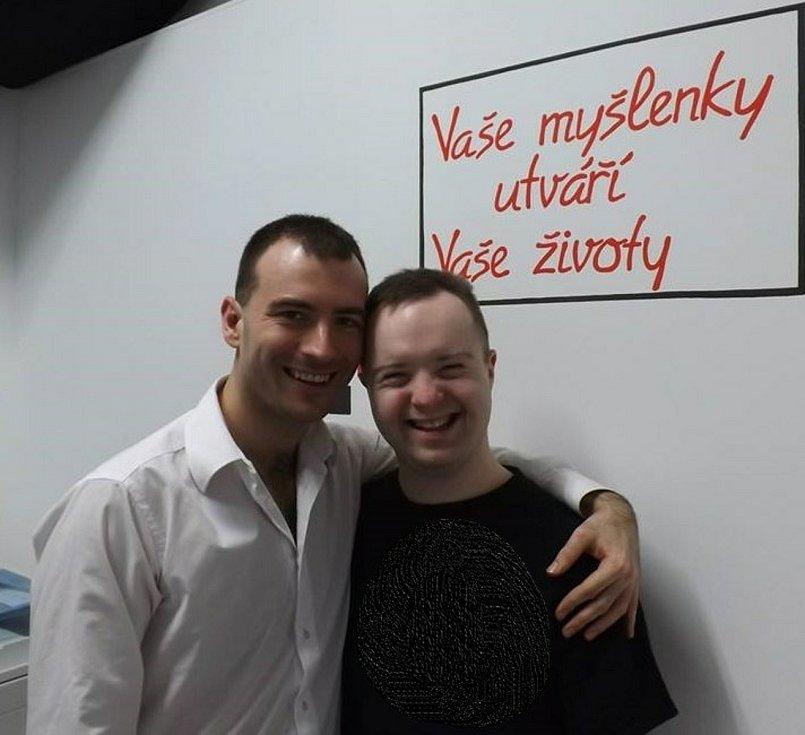 Prostřední Suchá. Jakub Vosáhlo, mentalista, youtuber s bratrem Matějem.