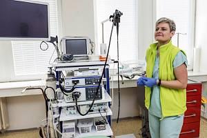 V nové gastroenterologické ambulanci v orlovské nemocnici mají lékaři k dispozici moderní přístroje.
