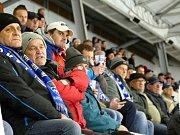 Havířovští hokejisté (v modrém) porazili Třebíč 4:1.