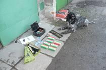 Celníci při kontrole našli nelegálně upravenou zbraň a střelivo.