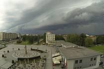 Bouřkové mraky nad Havířovem.